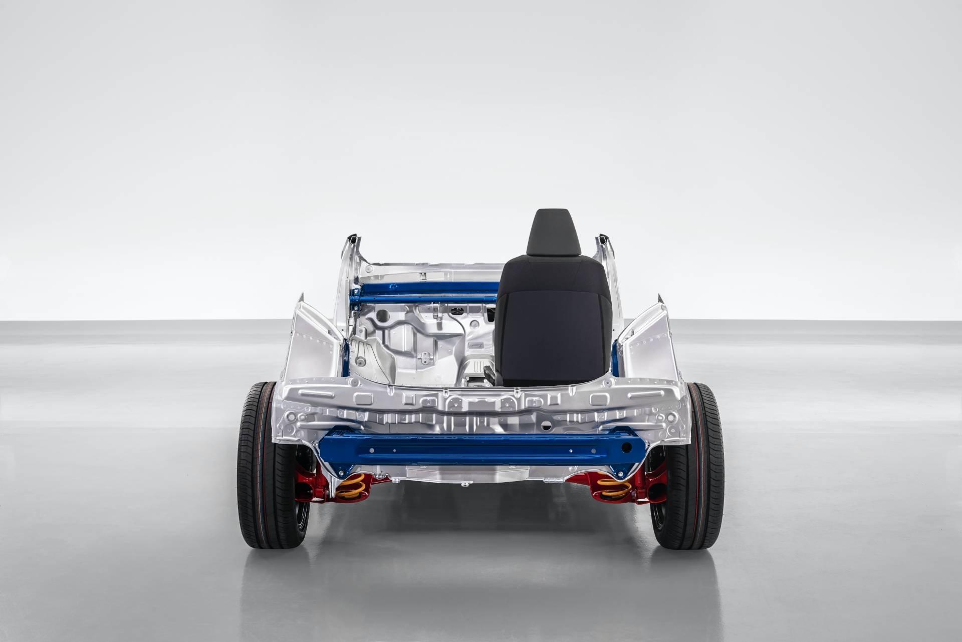 Toyota-Yaris-2020-48