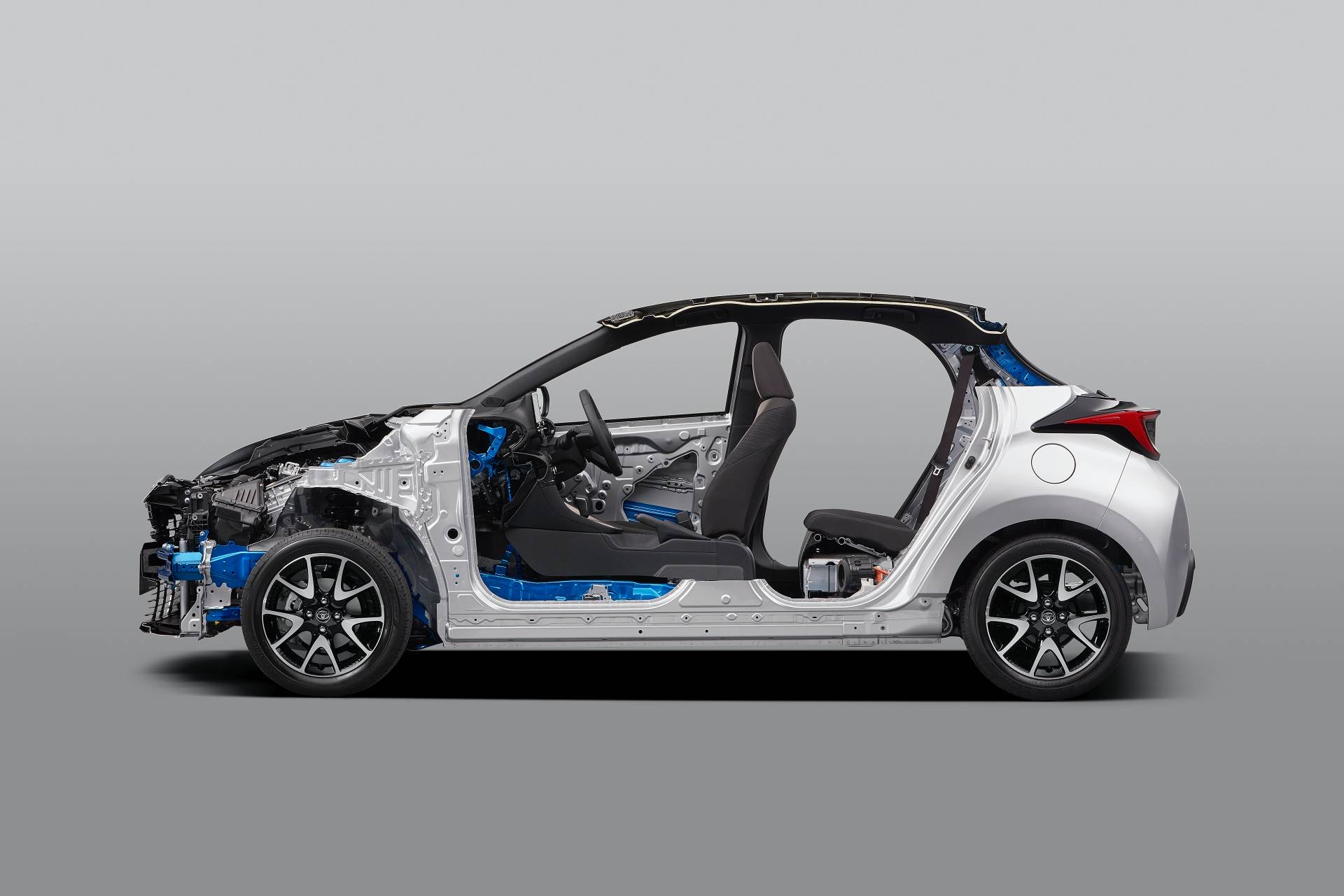 Toyota-Yaris-2020-75