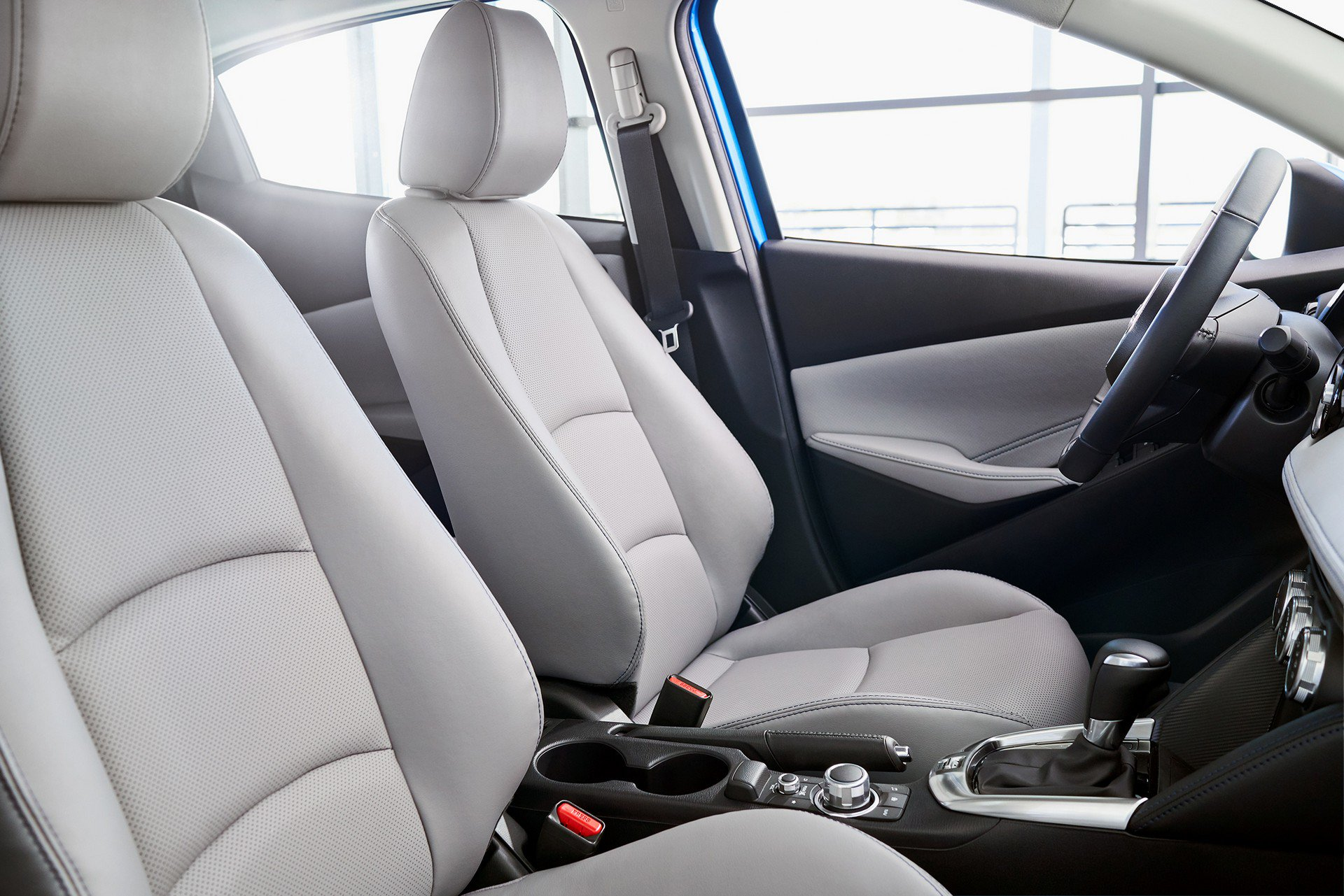 Toyota-Yaris-Hatchback-2020-11