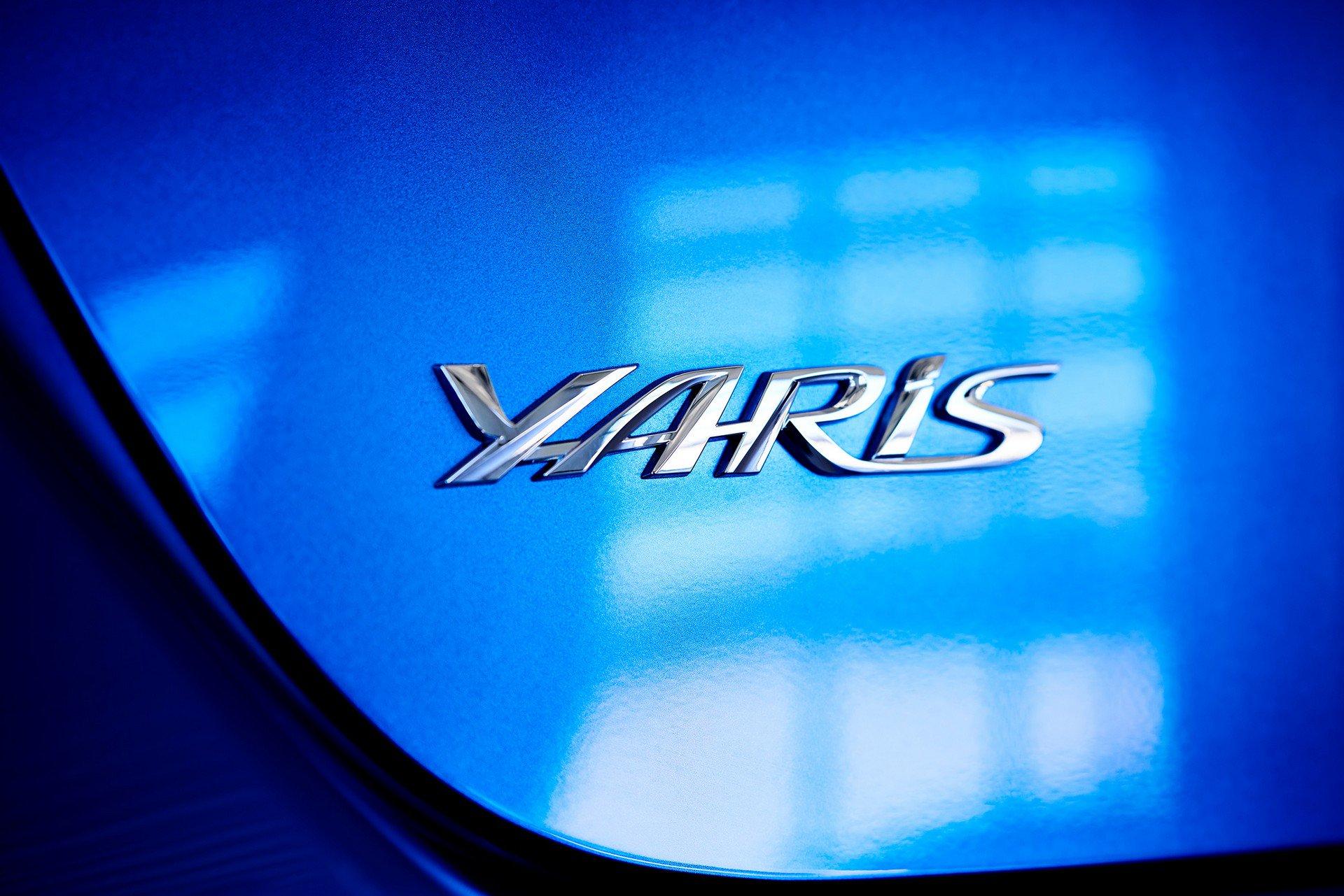 Toyota-Yaris-Hatchback-2020-6