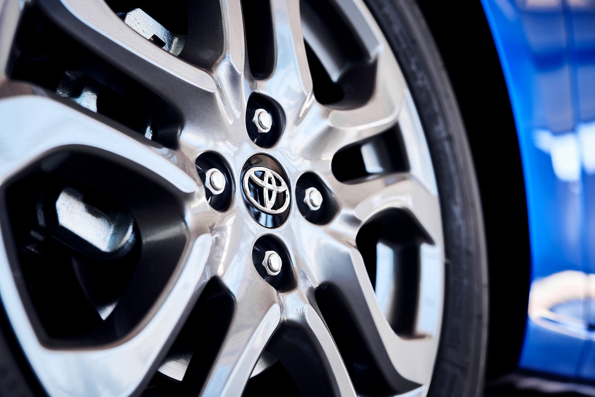 Toyota-Yaris-Hatchback-2020-8