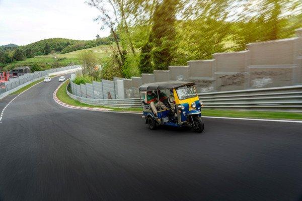 tuk-tuk-nurburgring-5