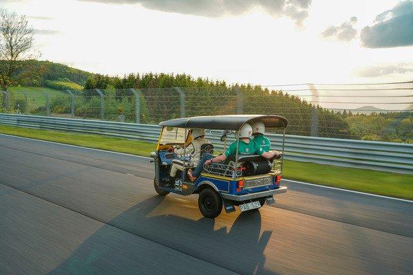 tuk-tuk-nurburgring-6