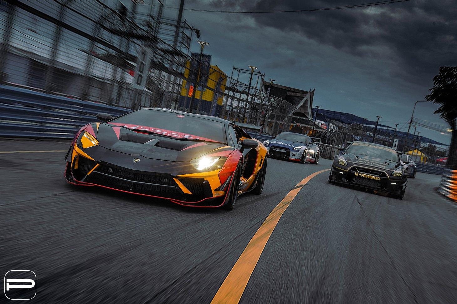Lamborghini Aventador by Liberty Walk (1)