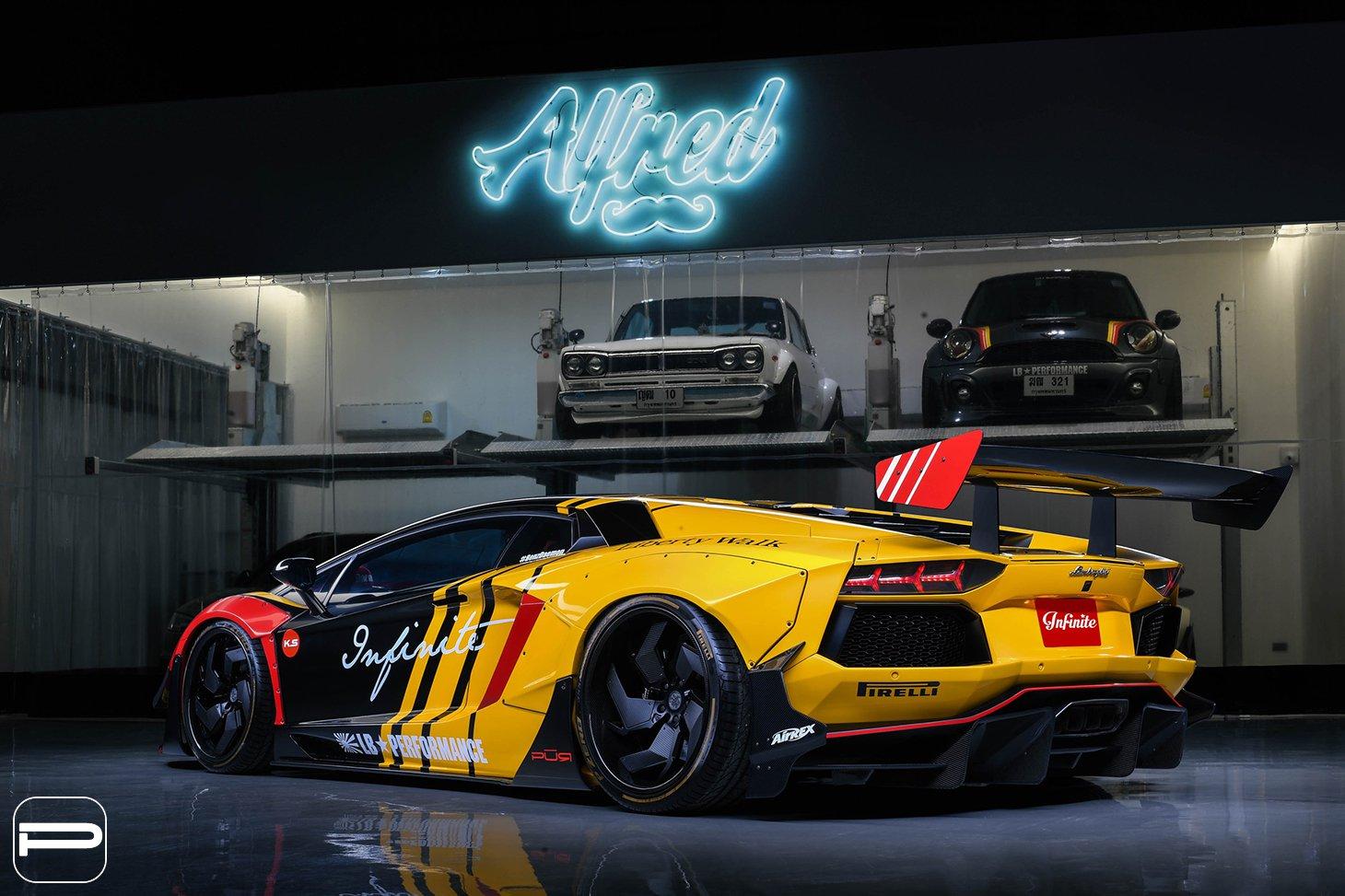 Lamborghini Aventador by Liberty Walk (7)