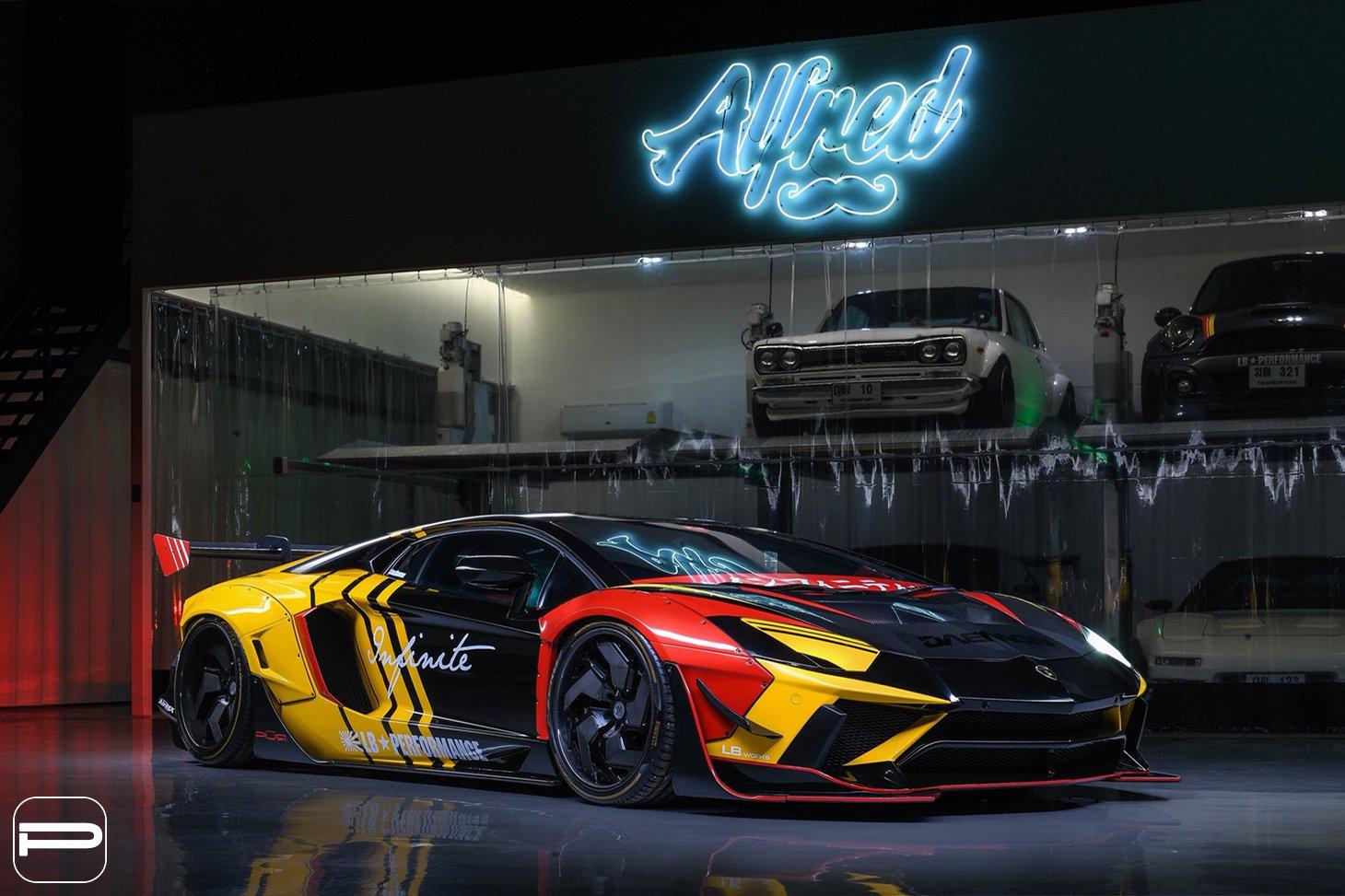 Lamborghini Aventador by Liberty Walk (8)