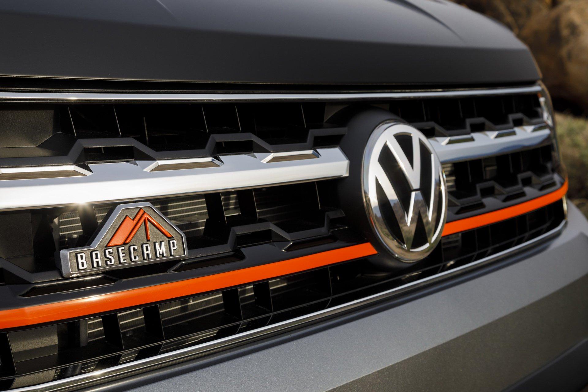 Volkswagen-Atlas-Basecamp-Concept-10