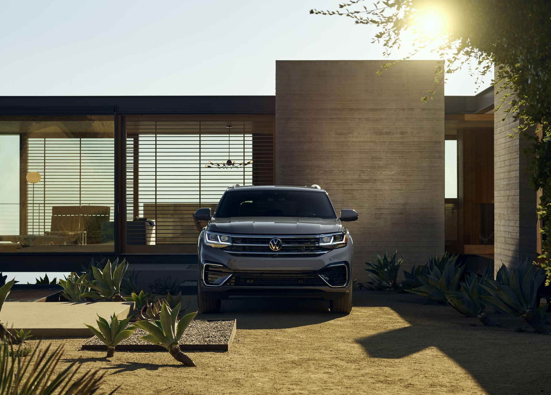 Volkswagen-Atlas-Cross-Sport-2020-15