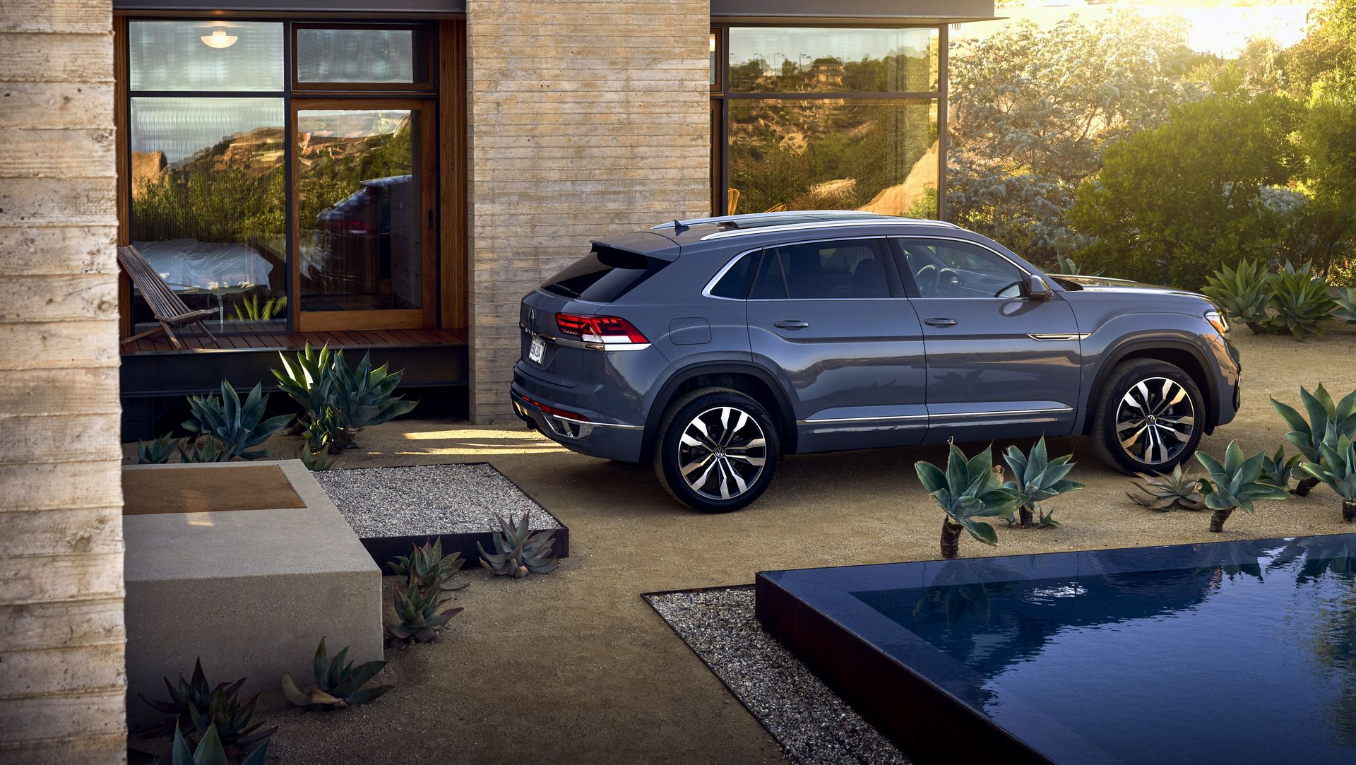 Volkswagen-Atlas-Cross-Sport-2020-23