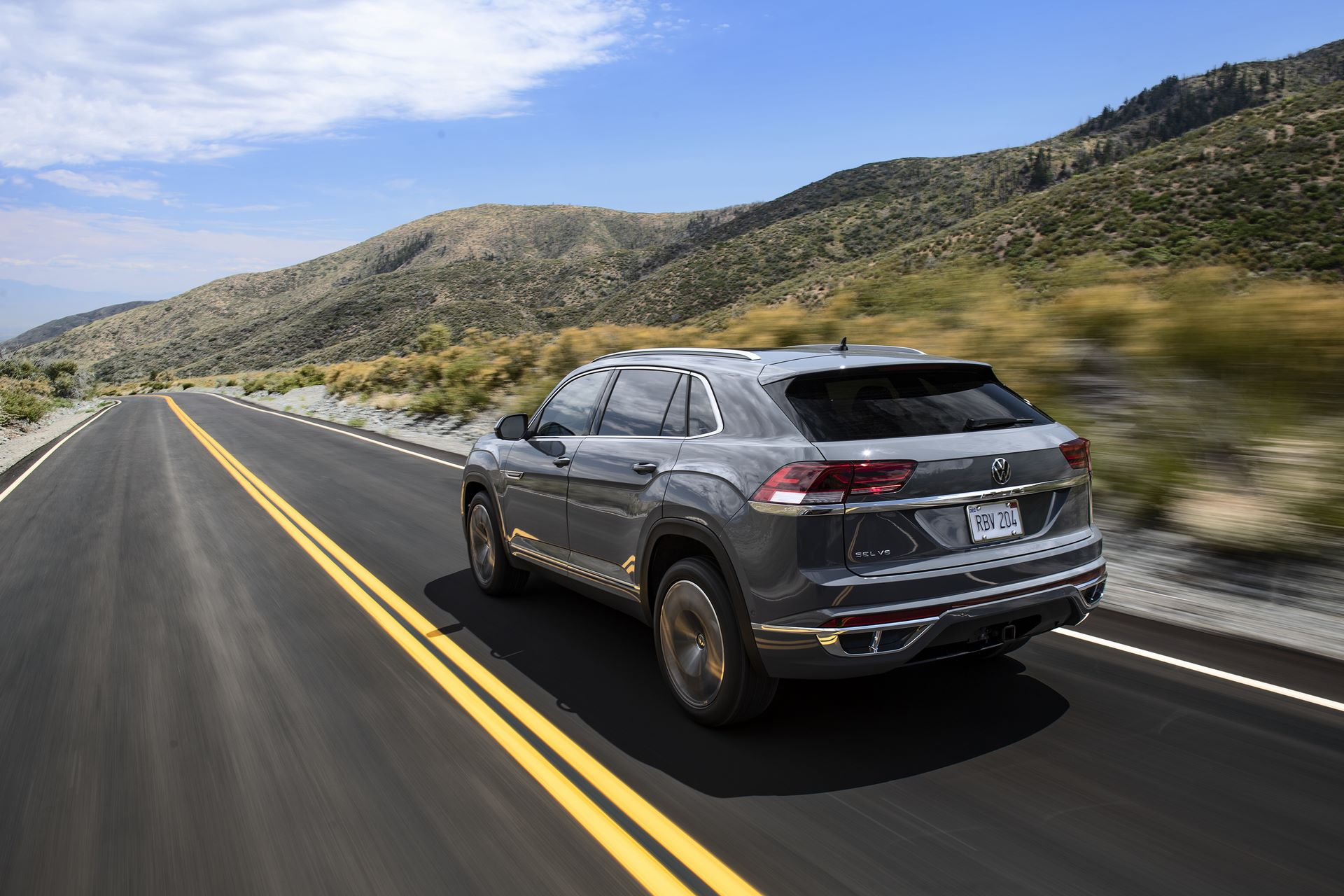 Volkswagen-Atlas-Cross-Sport-2020-9