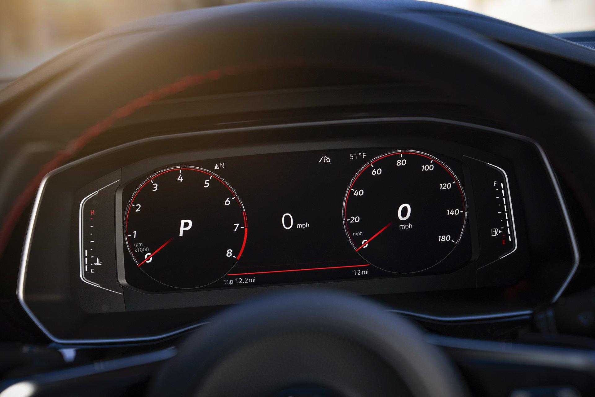 Volkswagen Jetta GLI (21)