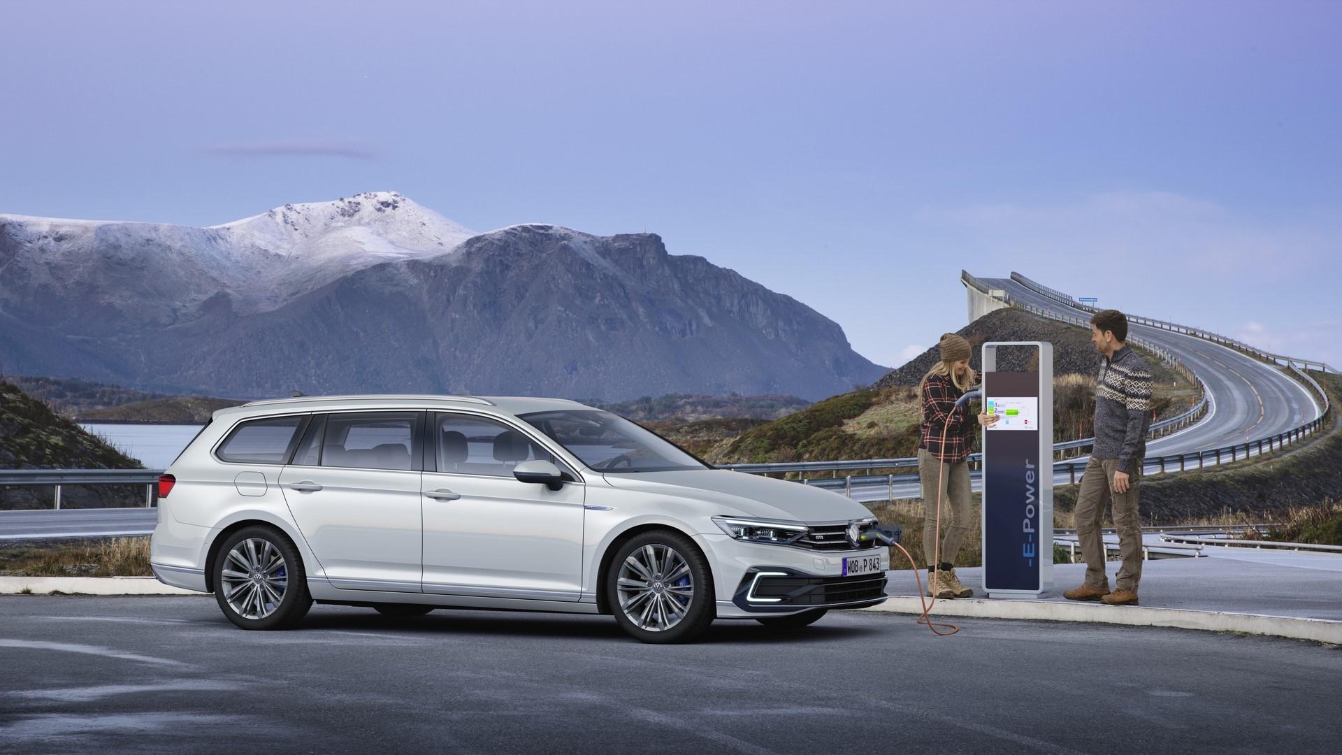 The new Volkswagen Passat GTE Variant
