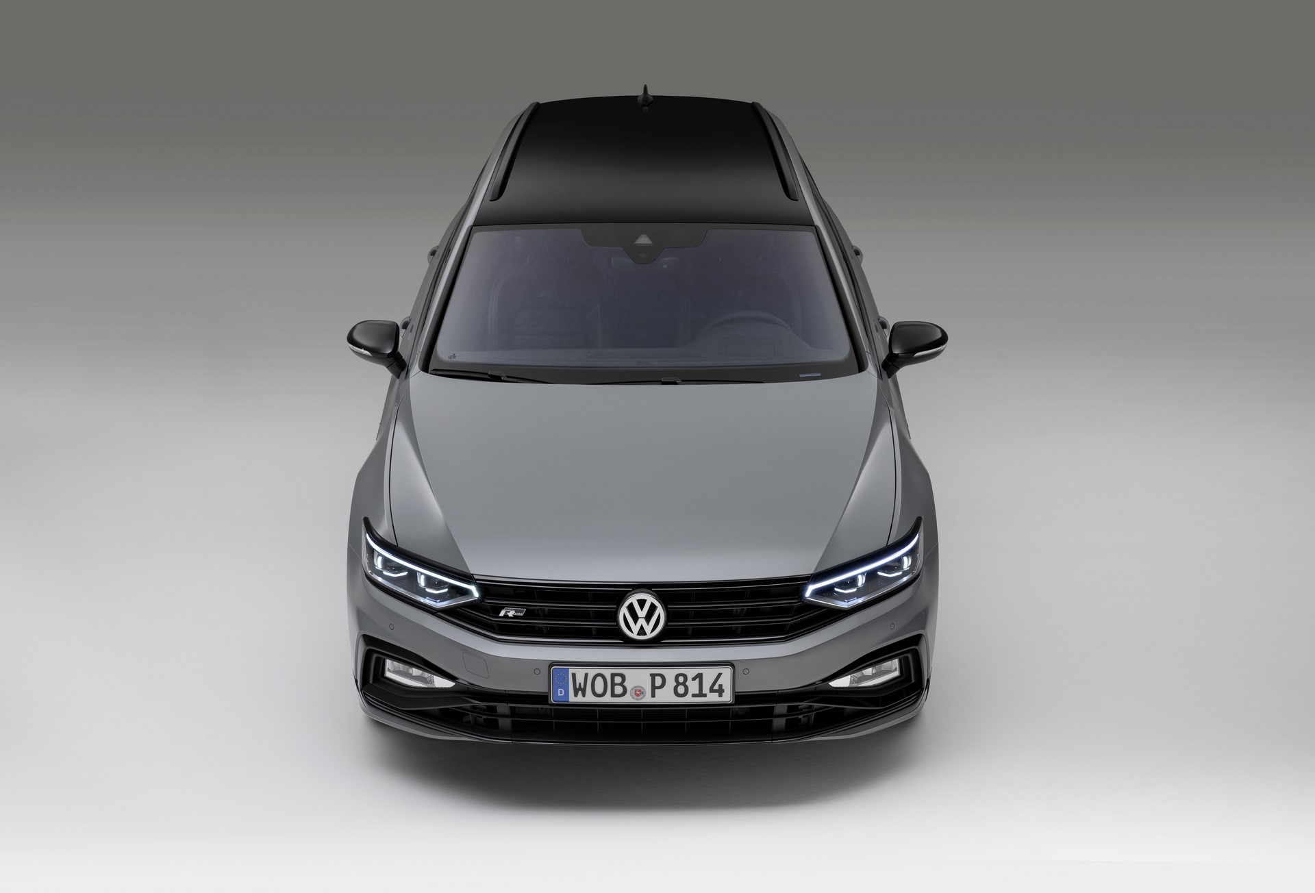 The new Volkswagen Passat Variant R-Line Edition