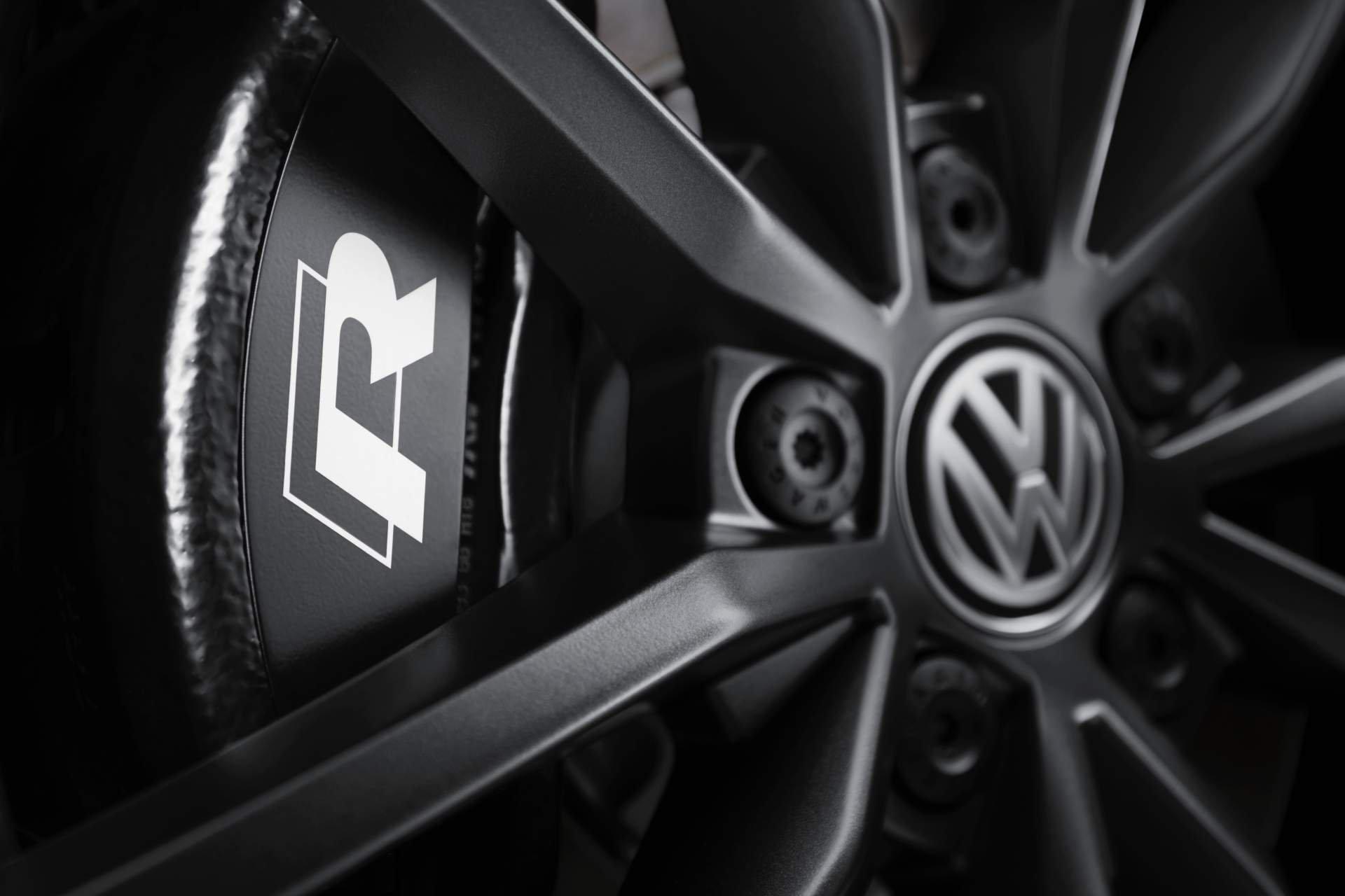 Volkswagen T-Roc R 2019 (15)