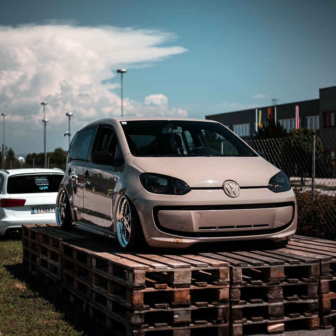 Volkswagen-Up-with-VR6-Engine-Swap-4