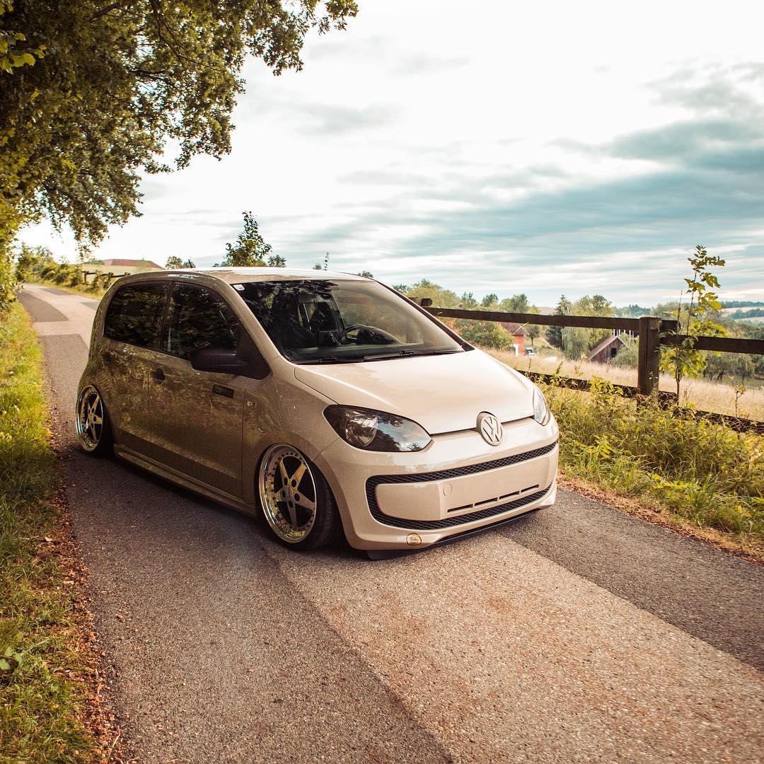 Volkswagen-Up-with-VR6-Engine-Swap-6