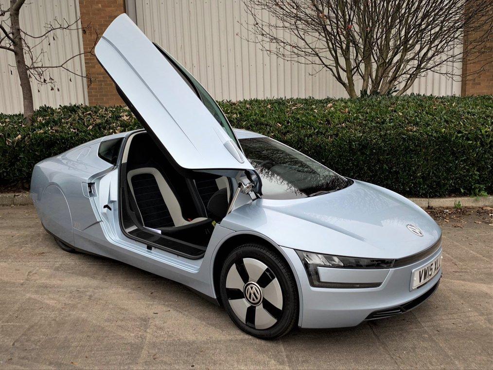 Volkswagen XL1 auction (3)