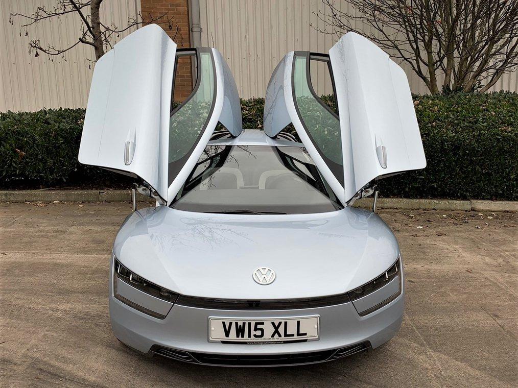 Volkswagen XL1 auction (4)