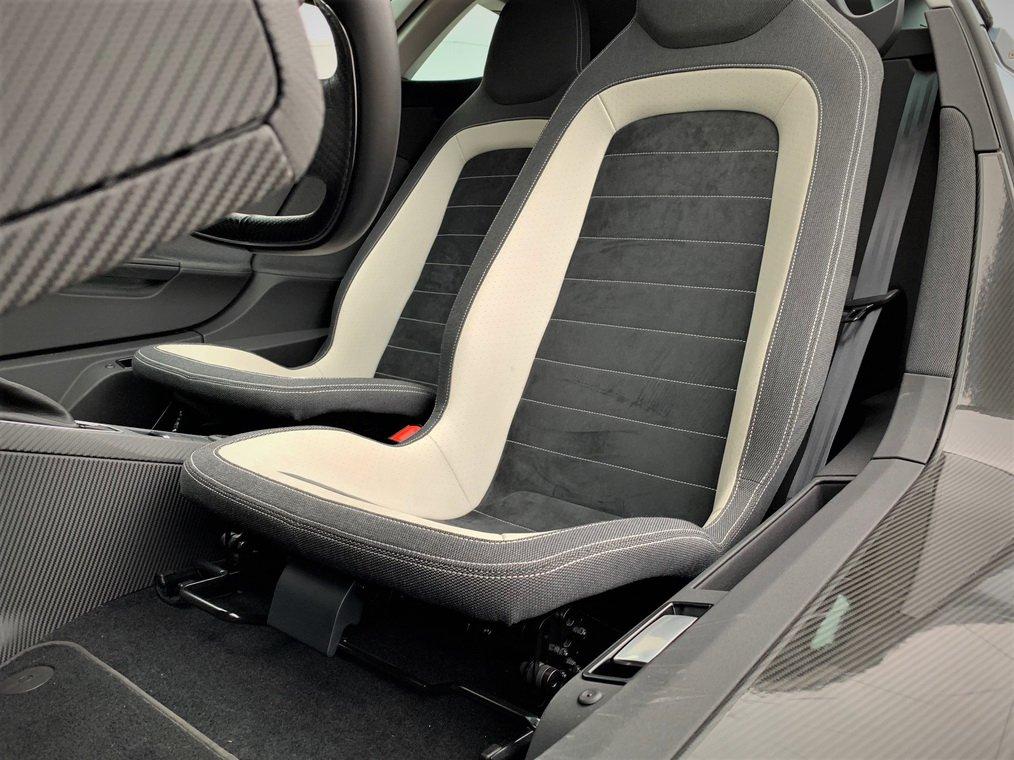 Volkswagen XL1 auction (7)