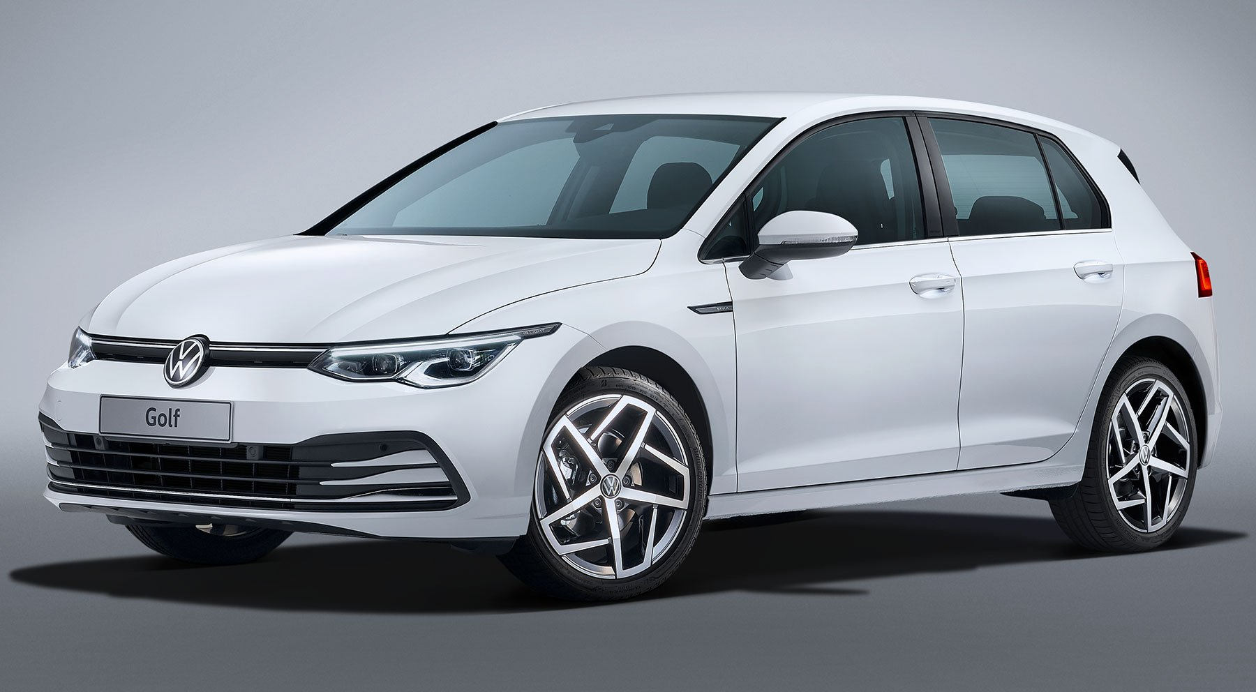 VW_Golf_8_leaked_0007