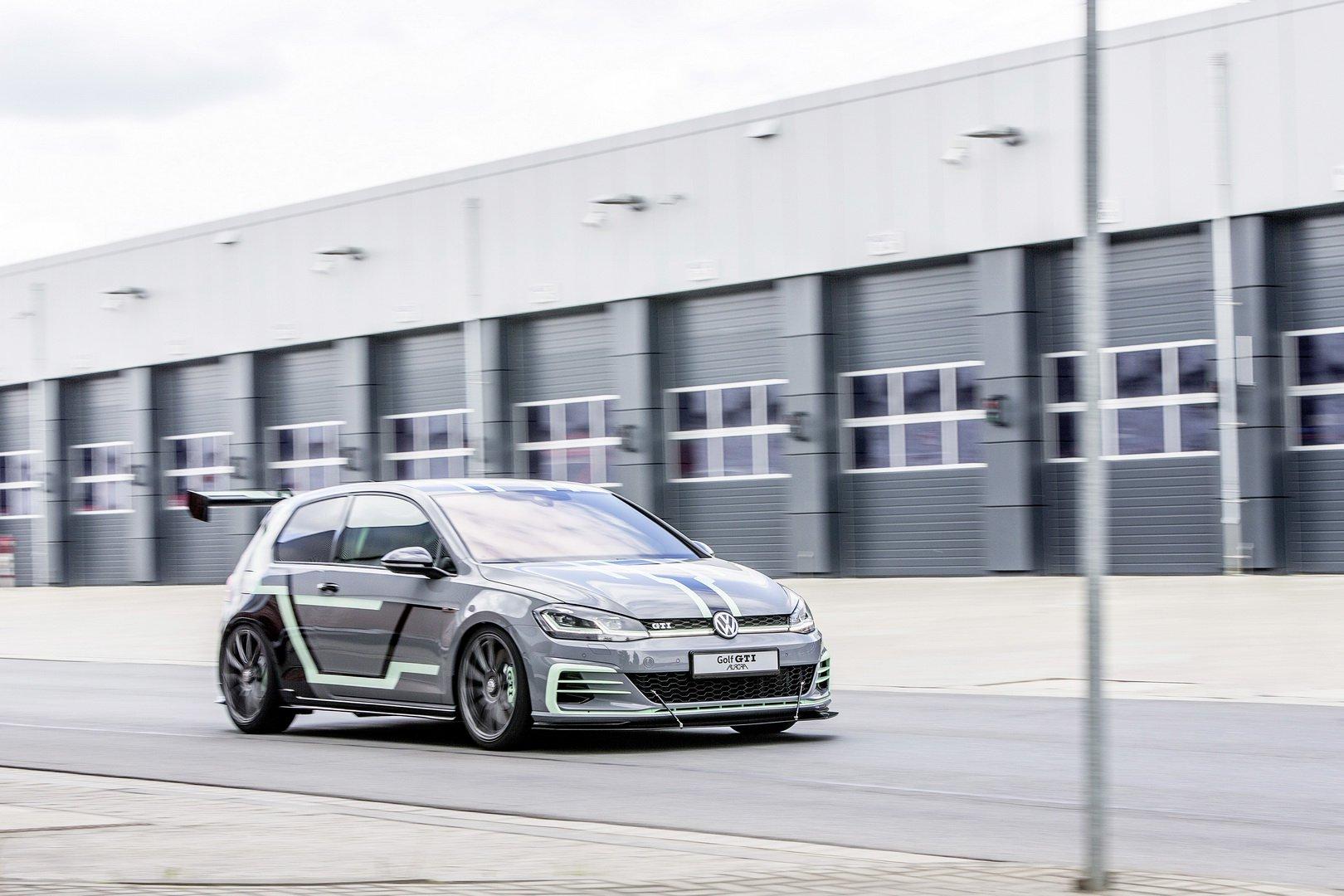 VW-Golf-GTI-Aurora-1