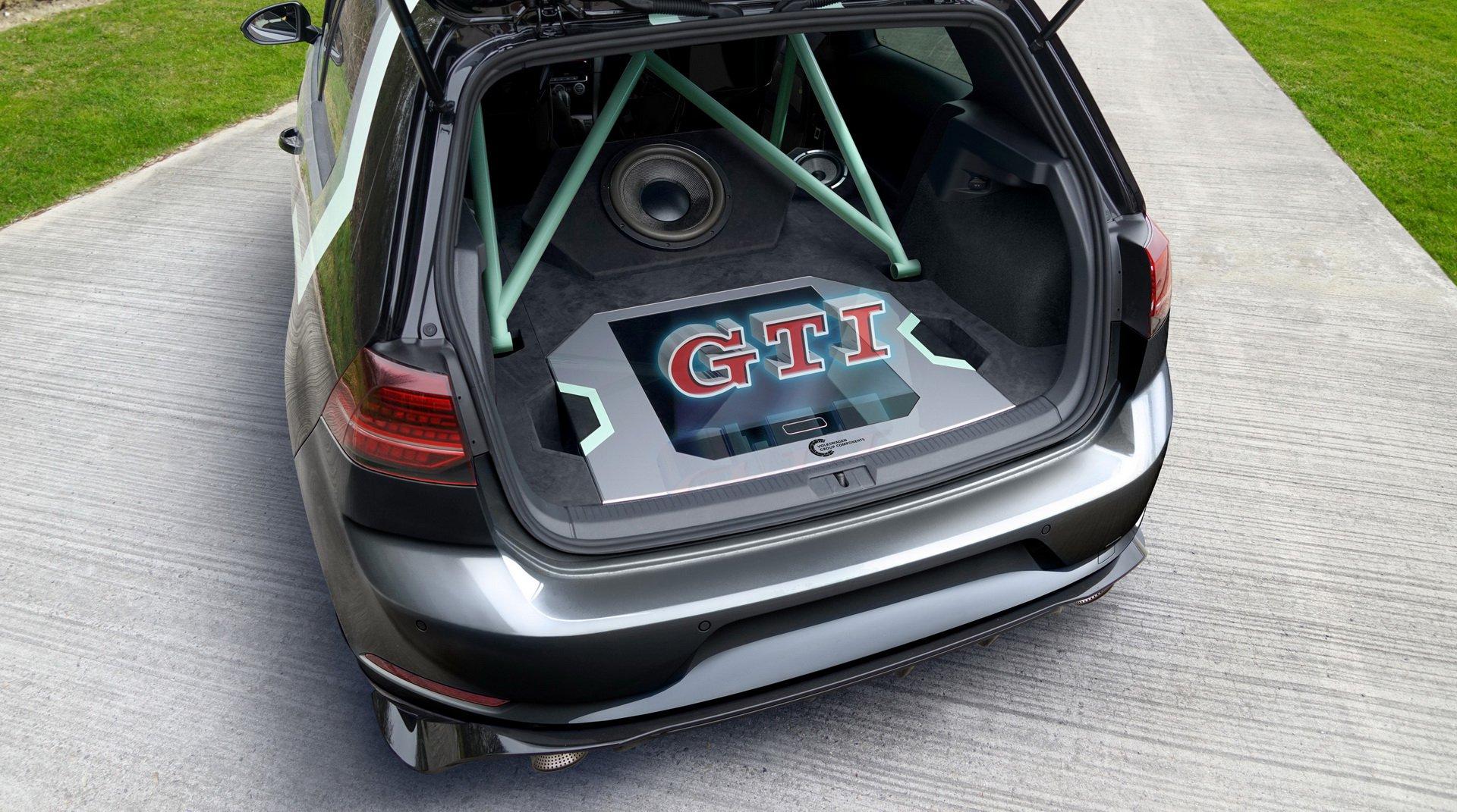 VW-Golf-GTI-Aurora-4
