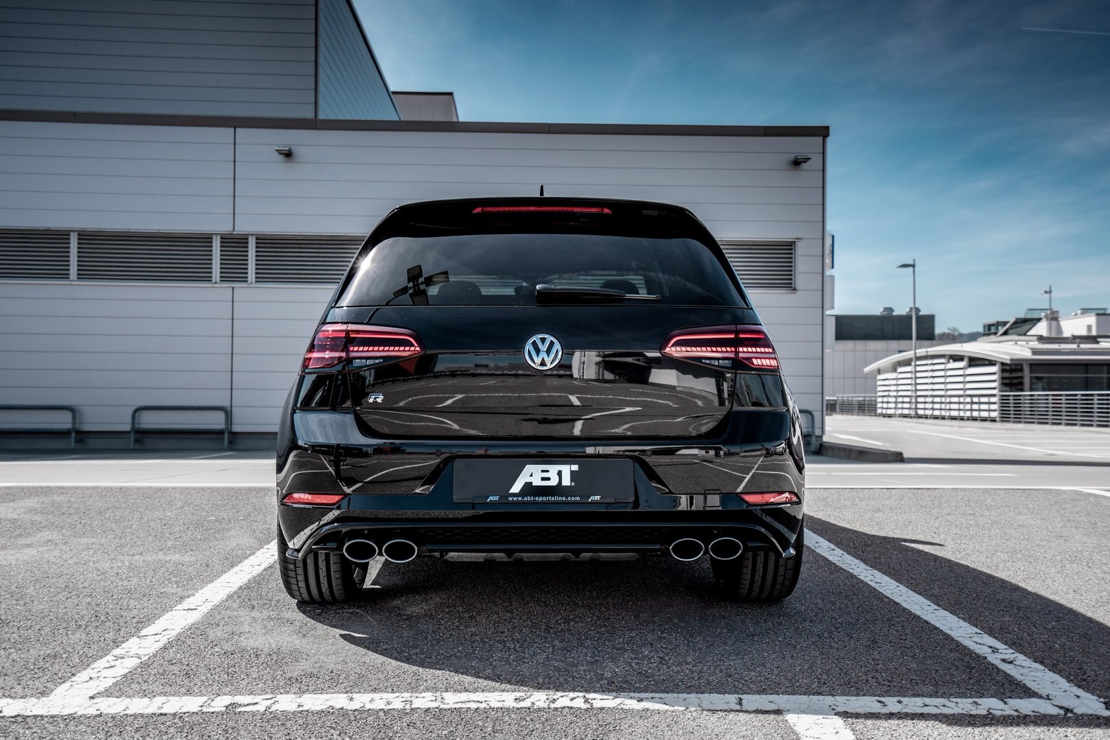 VW_Golf_R_by_ABT_0006