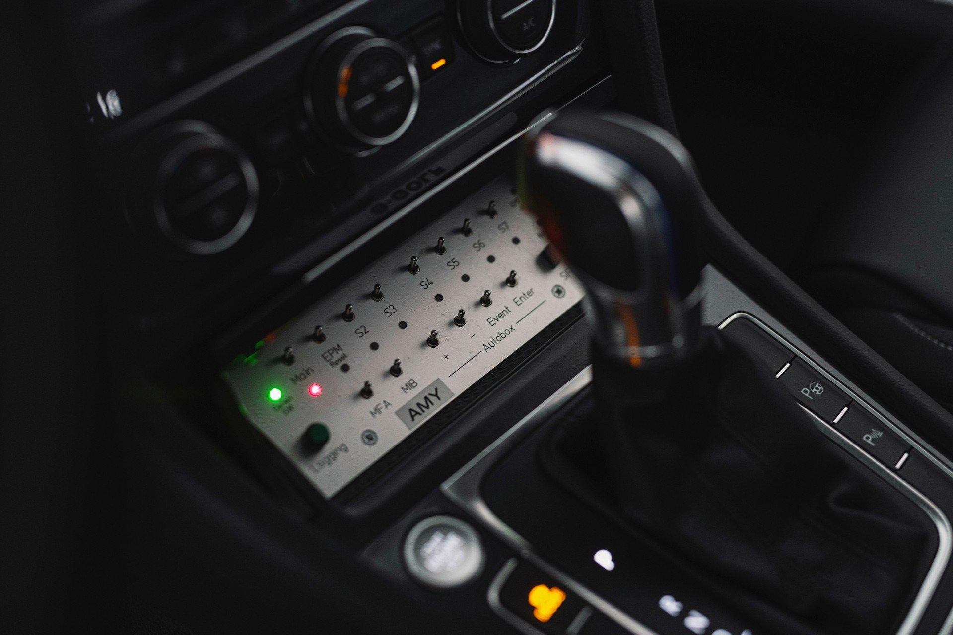 VW-Volkswagen-e-Golf-Autonomous-7