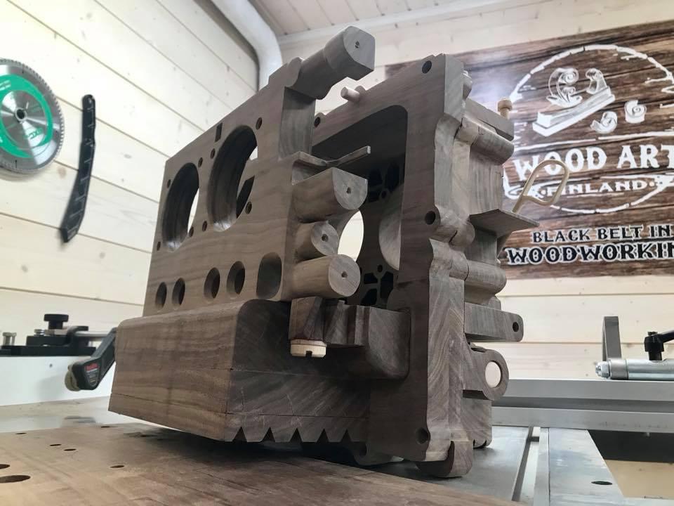 Wooden Volkswagen Engine Wood Art Finland (212)