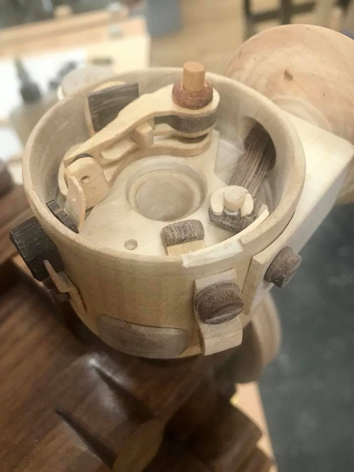 Wooden Volkswagen Engine Wood Art Finland (24)