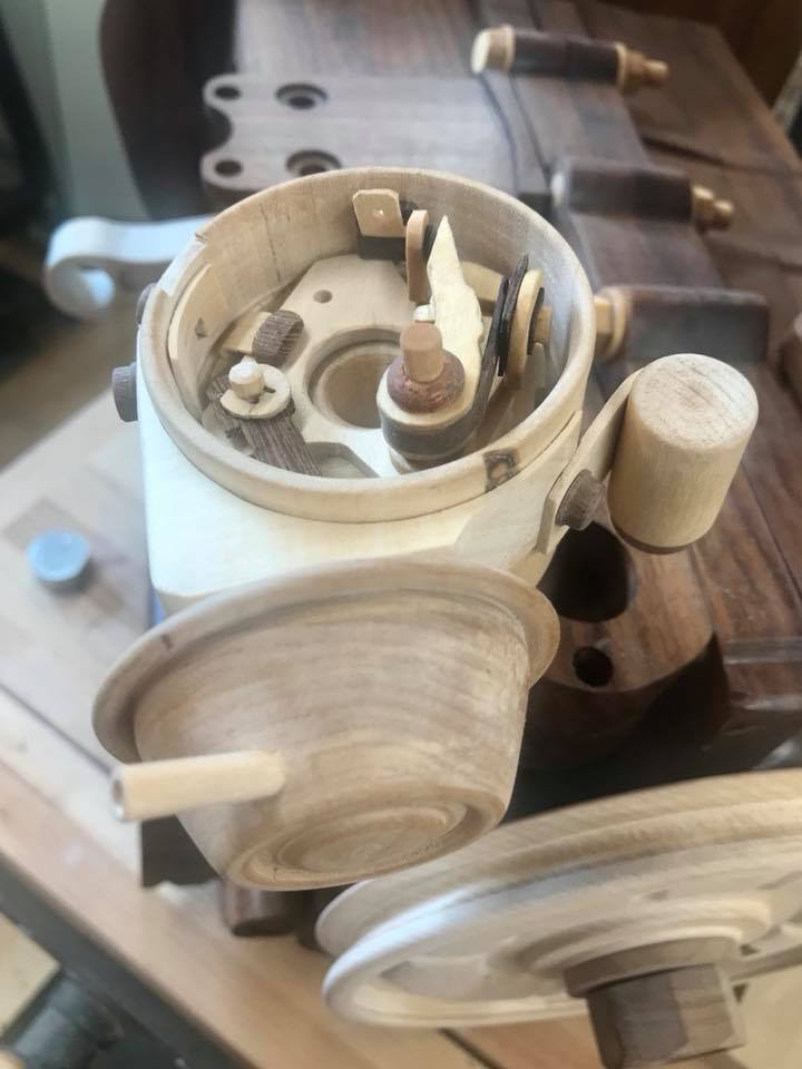 Wooden Volkswagen Engine Wood Art Finland (27)