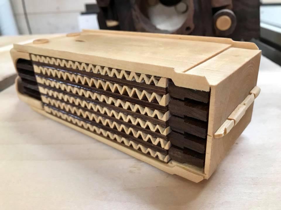 Wooden Volkswagen Engine Wood Art Finland (71)