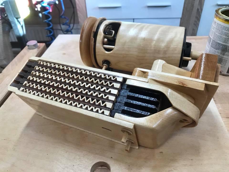 Wooden Volkswagen Engine Wood Art Finland (93)