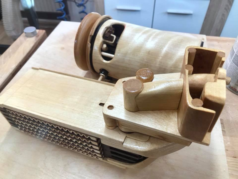 Wooden Volkswagen Engine Wood Art Finland (96)