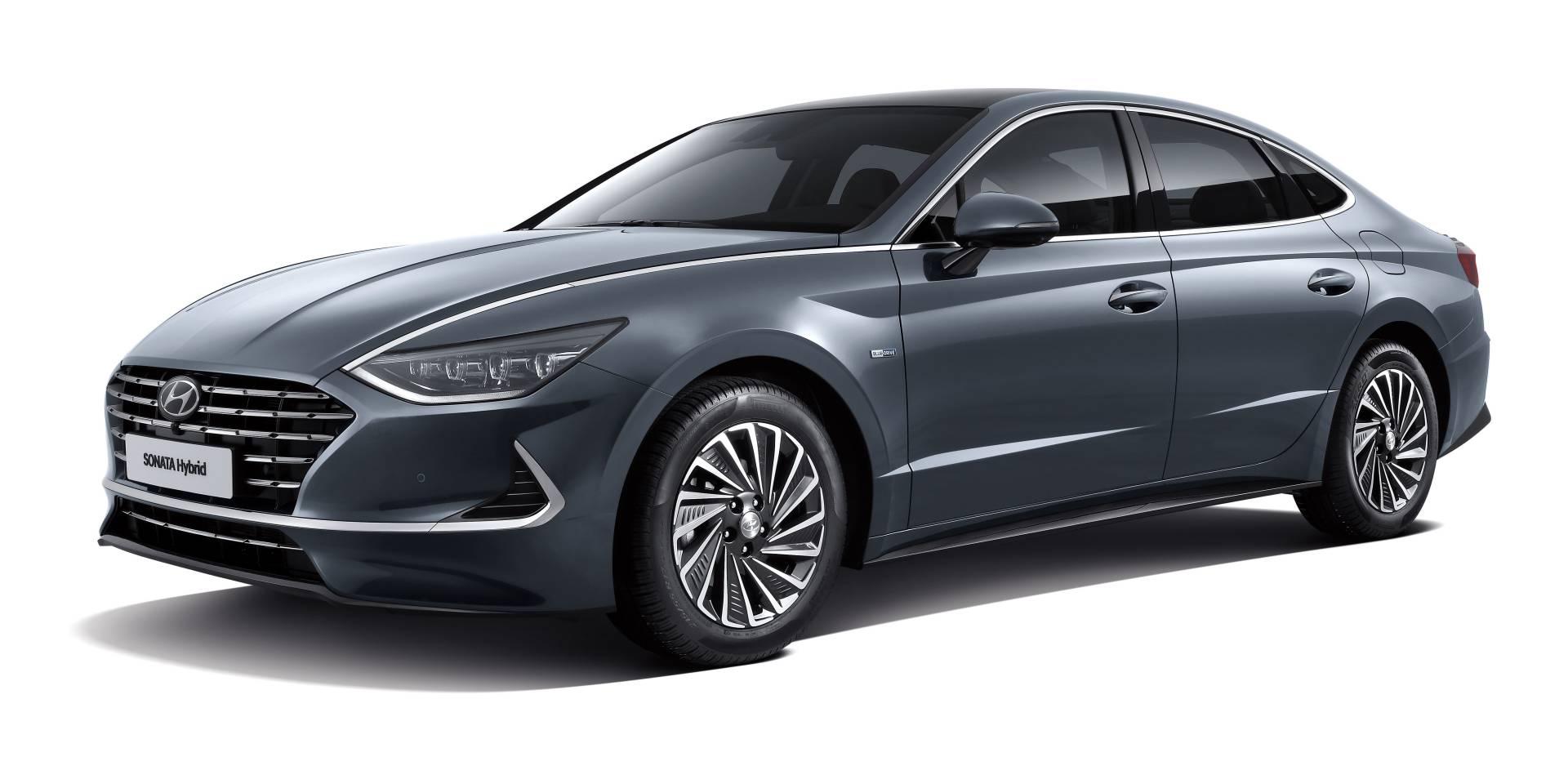 2020_Hyundai_Sonata_Hybrid_0000