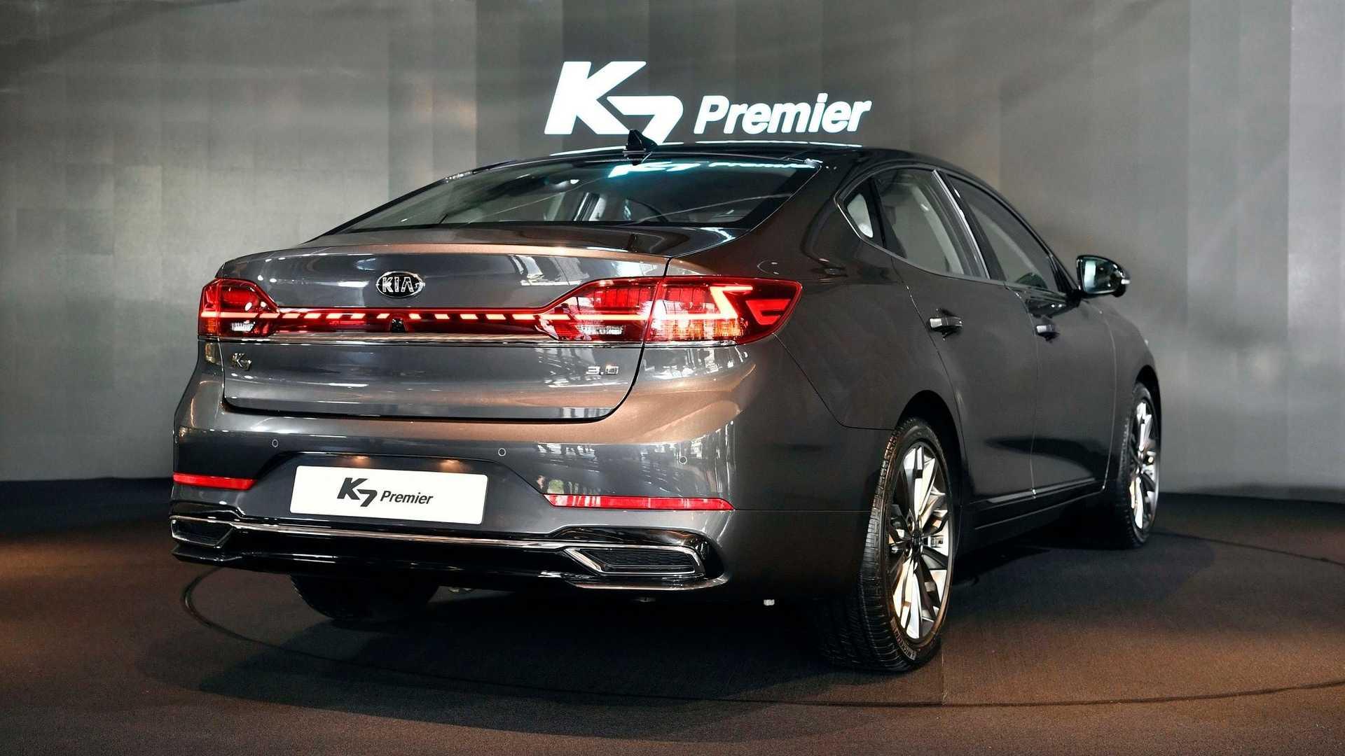 2020_Kia_K7_facelift_0024