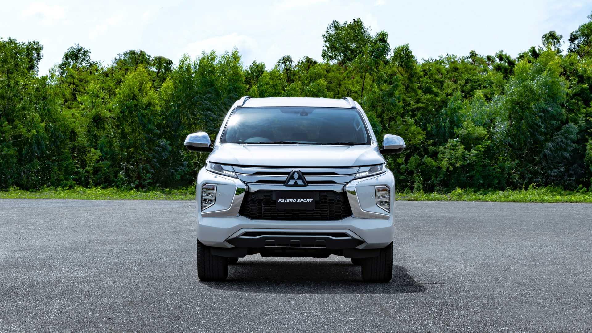 2020_Mitsubishi_Pajero_Sport_facelift_0002