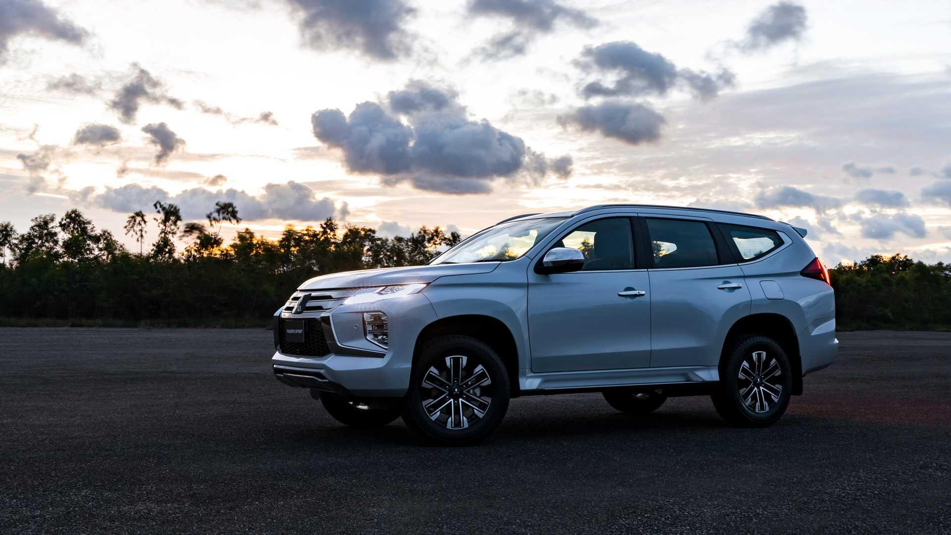 2020_Mitsubishi_Pajero_Sport_facelift_0011