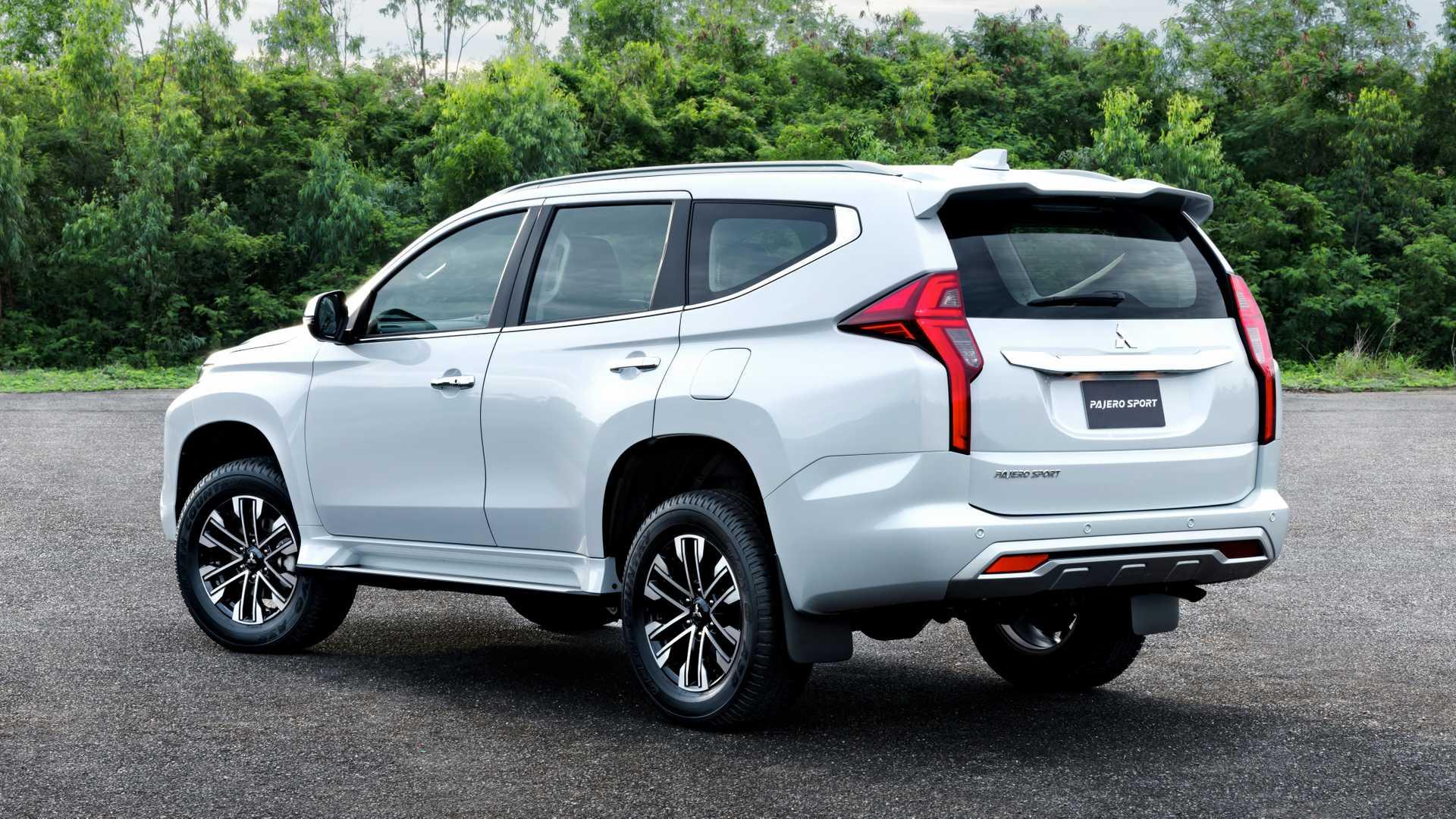 2020_Mitsubishi_Pajero_Sport_facelift_0016