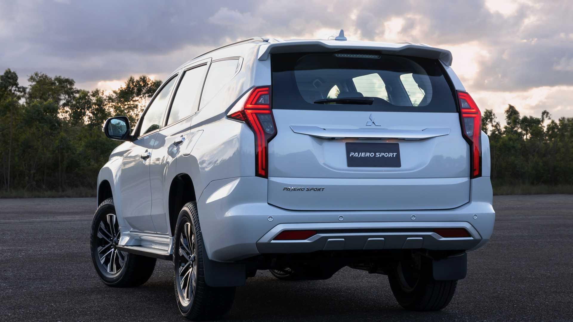 2020_Mitsubishi_Pajero_Sport_facelift_0019