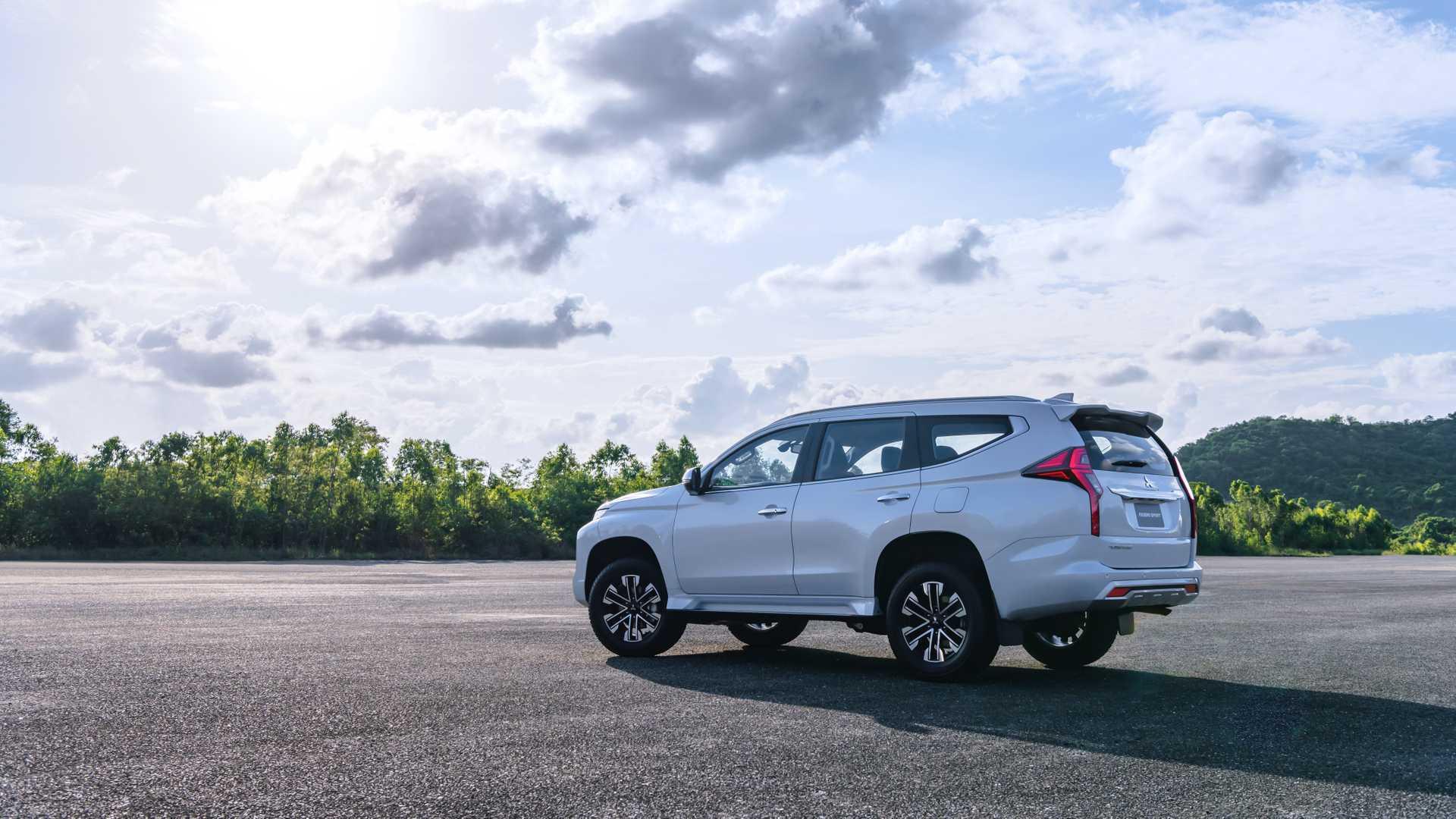 2020_Mitsubishi_Pajero_Sport_facelift_0021