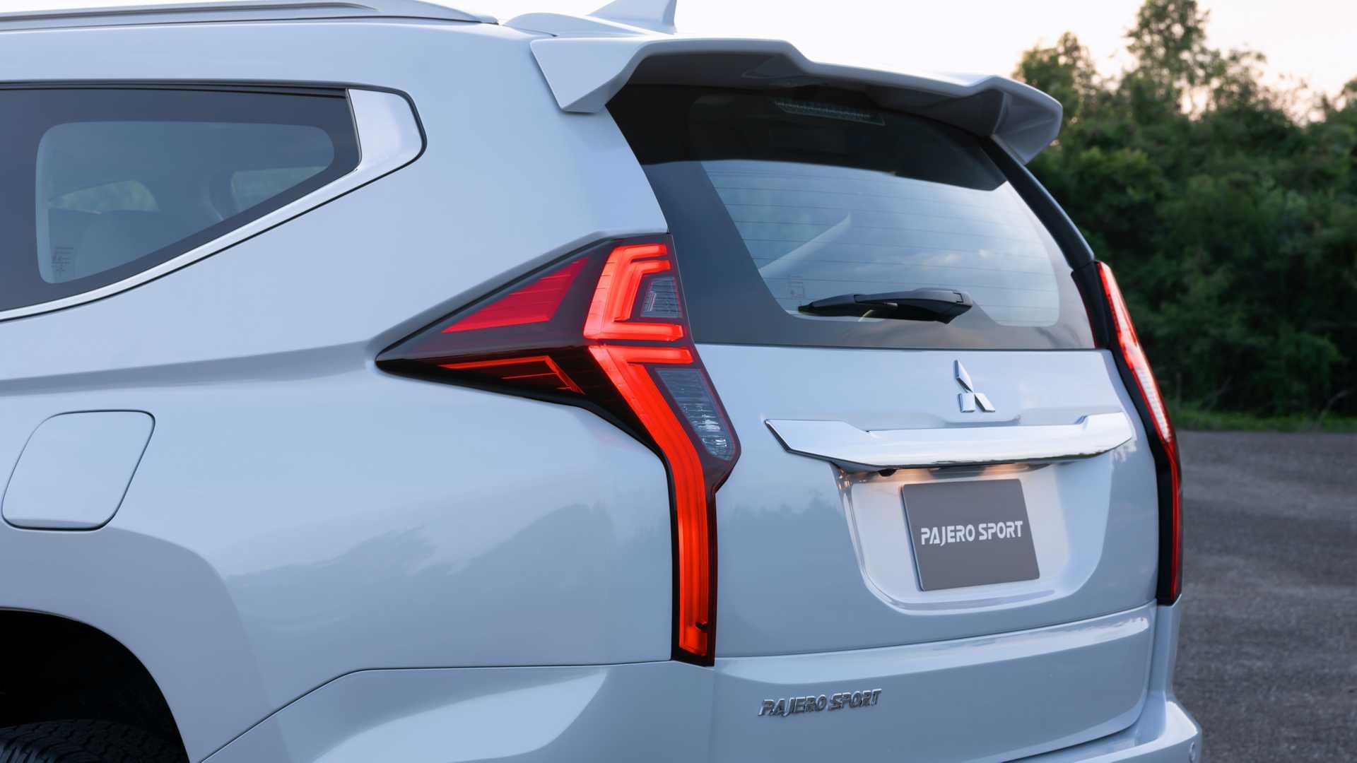 2020_Mitsubishi_Pajero_Sport_facelift_0028