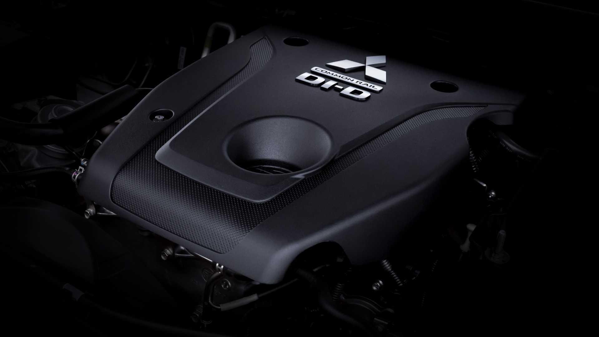 2020_Mitsubishi_Pajero_Sport_facelift_0030