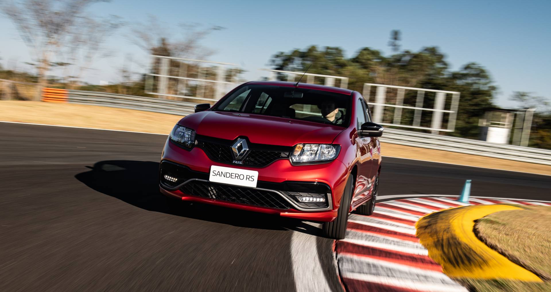 2020_Renault_Sandero_RS_facelift_0000