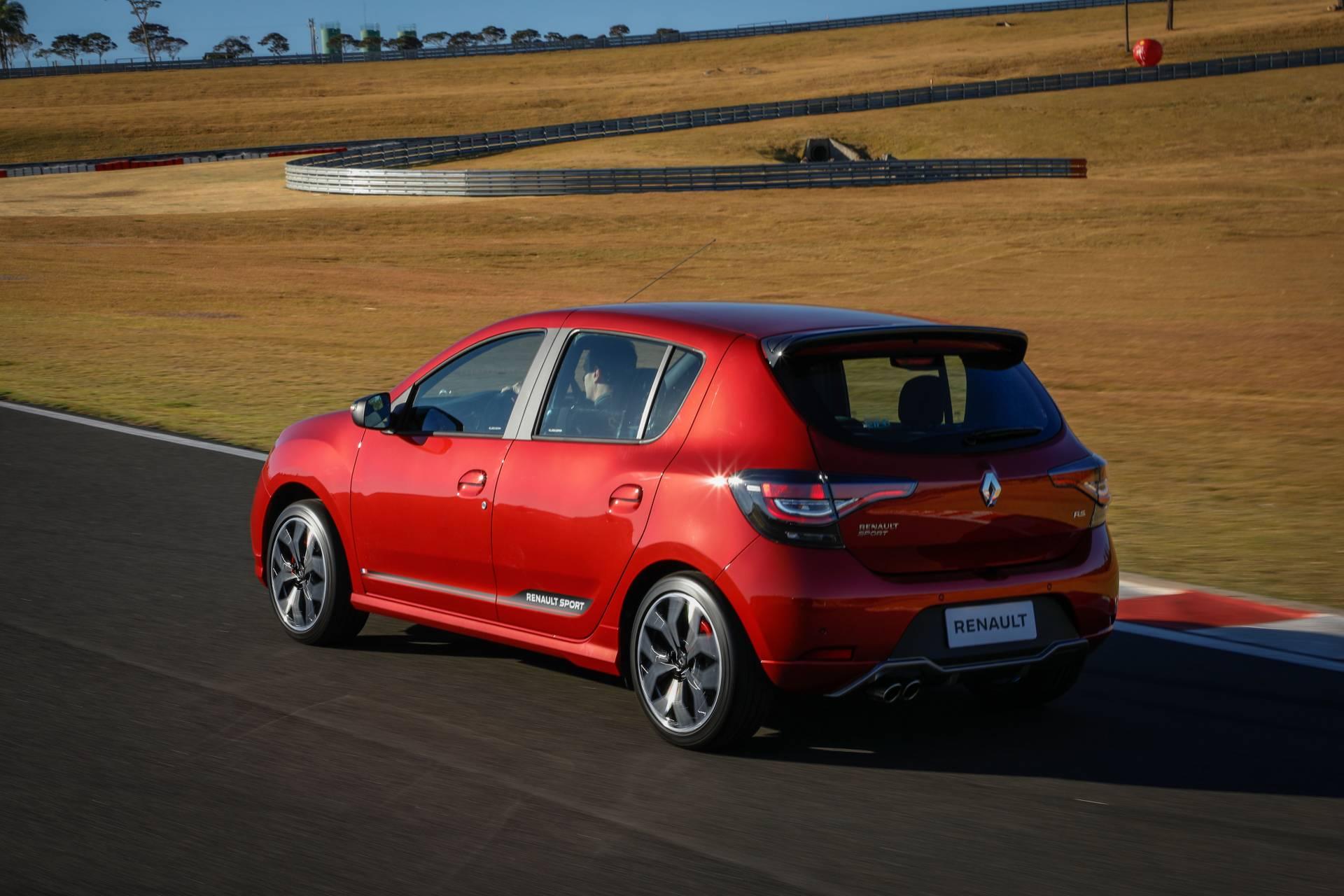 2020_Renault_Sandero_RS_facelift_0002