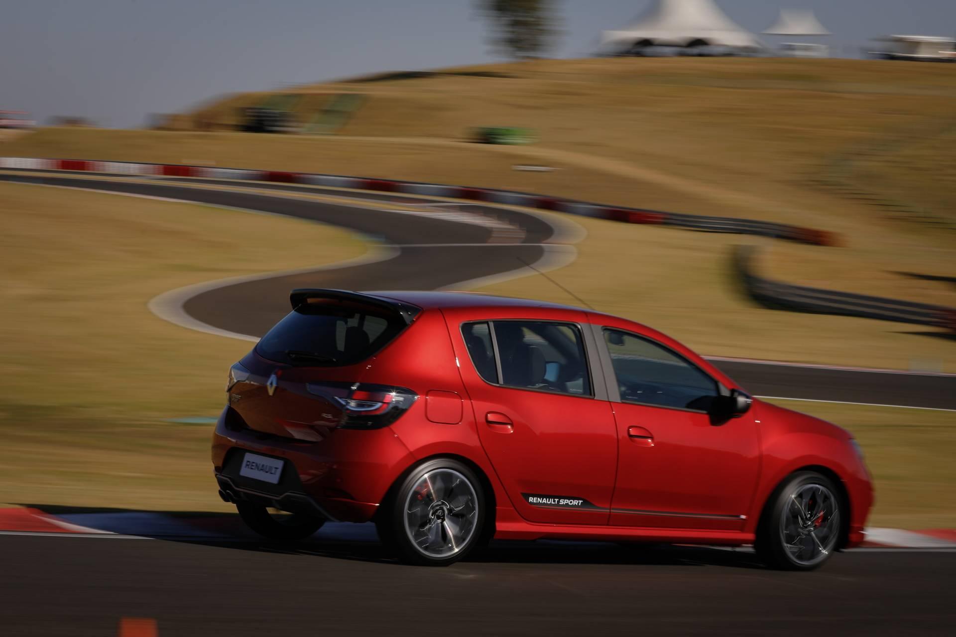 2020_Renault_Sandero_RS_facelift_0014