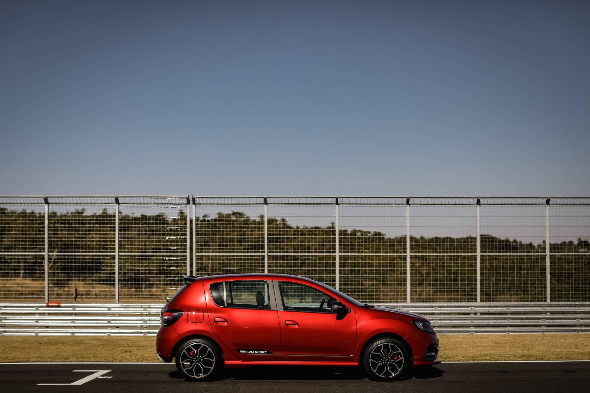 2020_Renault_Sandero_RS_facelift_0015