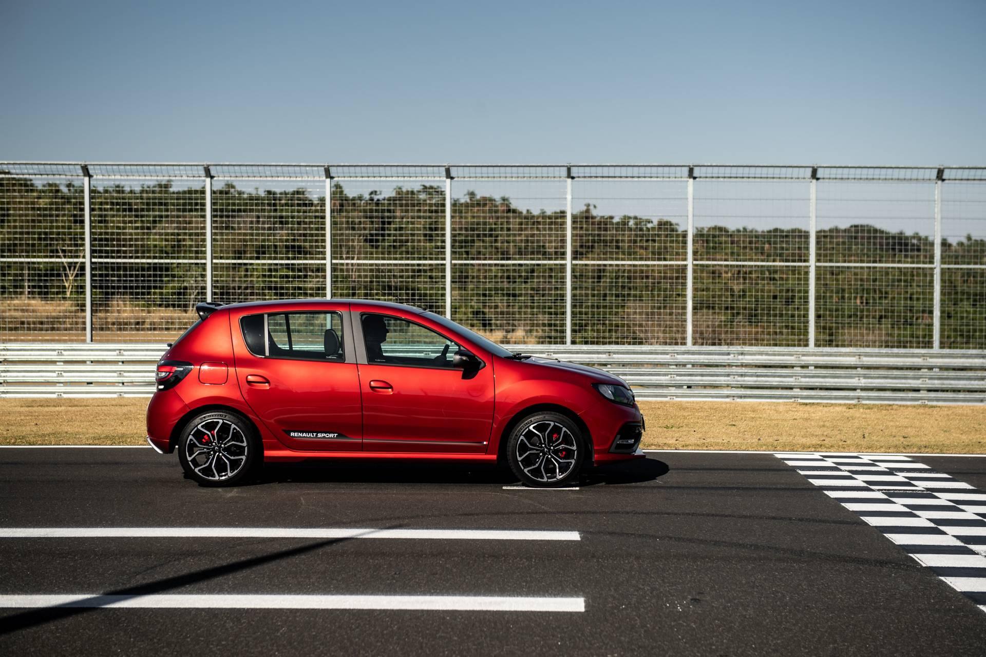 2020_Renault_Sandero_RS_facelift_0024