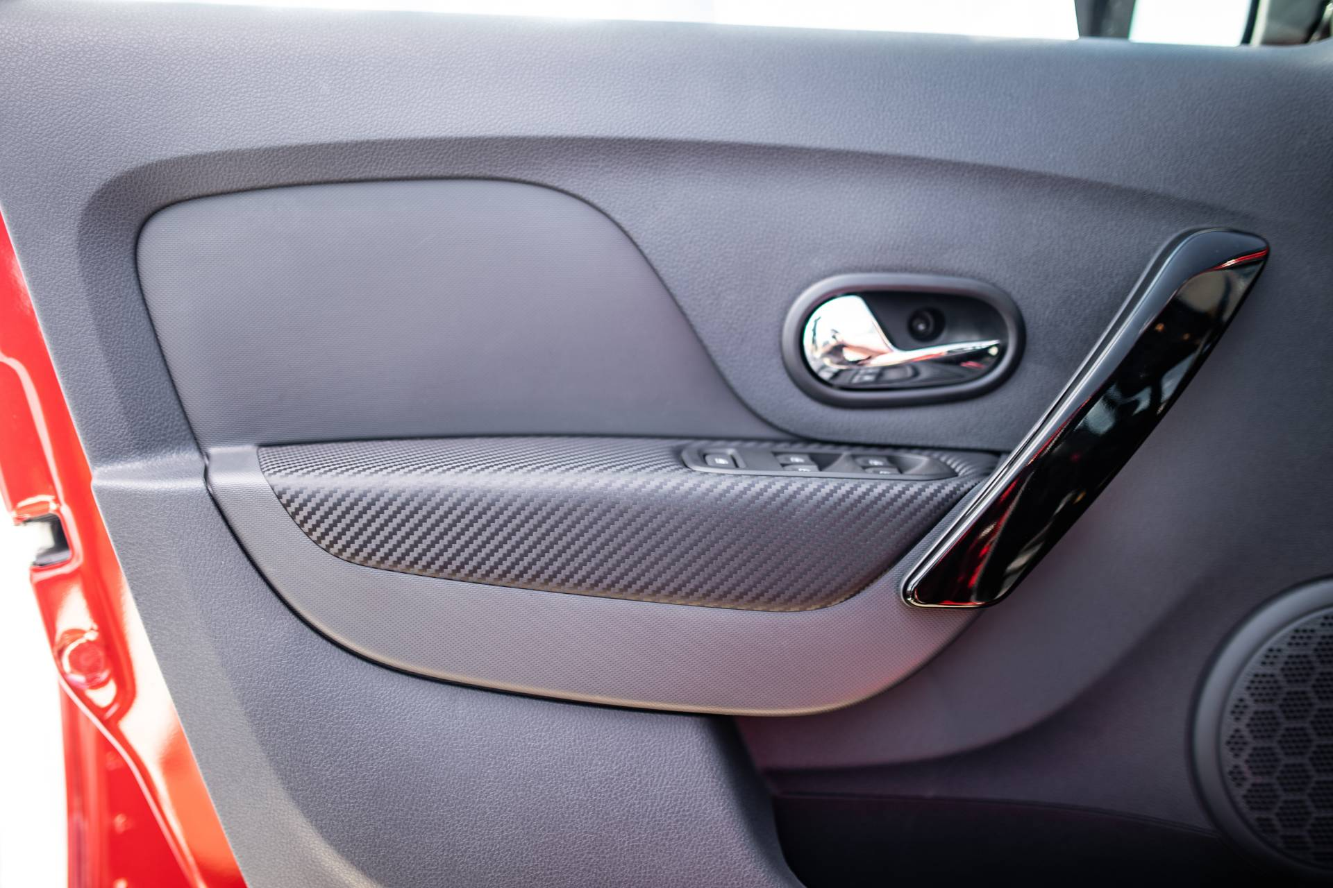 2020_Renault_Sandero_RS_facelift_0030