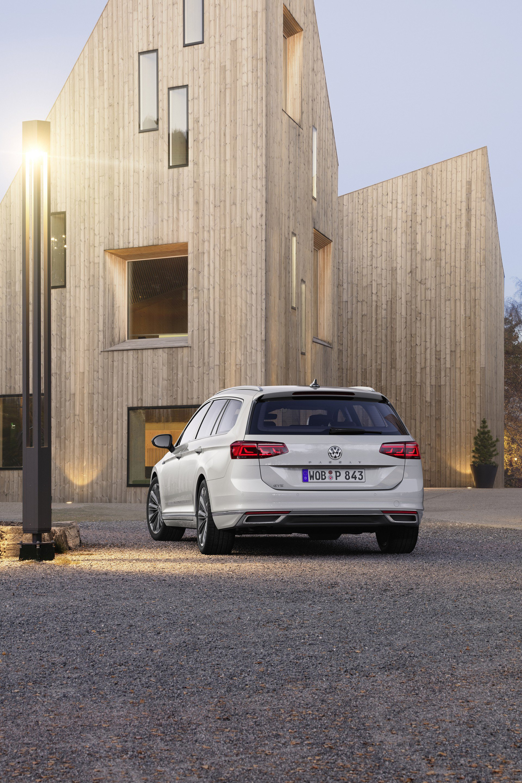 2020_VW_Passat_GTE_0004